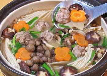 きのこと根菜の味噌甘酒鍋